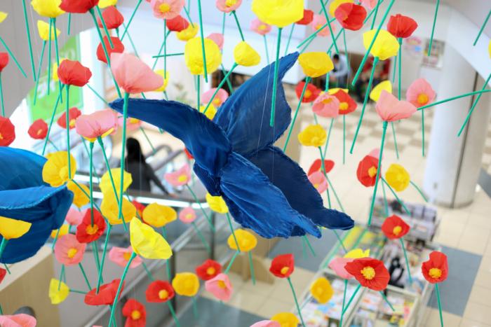 九州産業大学の学生さんがデザイン、制作した2018年 春装飾