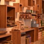 ショコラ伯爵の館 店舗トータルデザイン