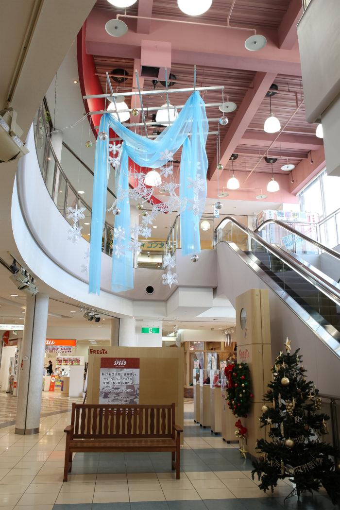 九州高校の学生さんがデザインした冬装飾
