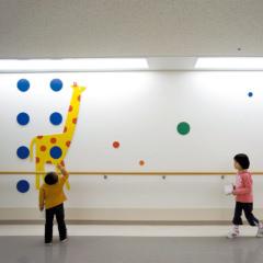 九州大学病院小児科病棟環境サインデザイン